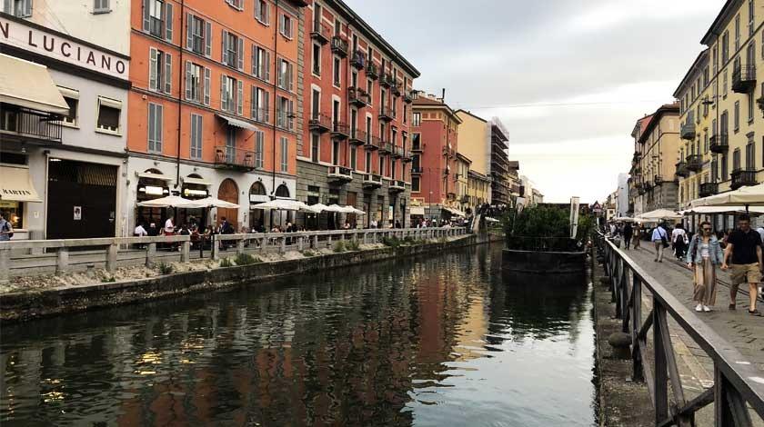 milan city canal